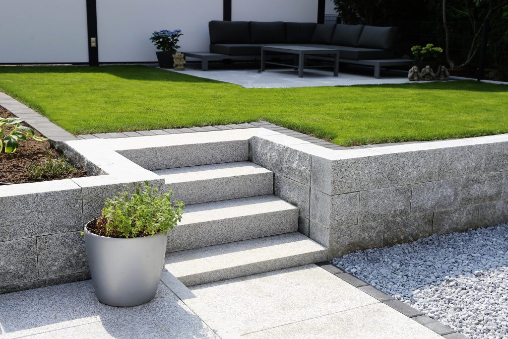 Garten und Landschaftsbau Berlin Brandenburg - Gartengestaltung in Ihrer Nähe - mauern treppen bau
